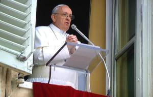 Papa-Francisco_-Angelus-2014
