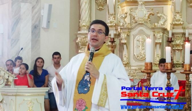 Religiosidade Popular: Fiéis lotam Catedral de Santo Antônio em Missa de Santos Reis em Campanha(MG)