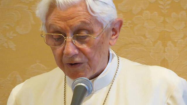 Em rara aparição pública, Bento XVI defende preservação da 'música litúrgica'