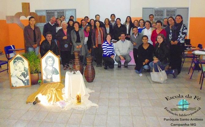 Escola da Fé: Paroquianos encerram o 2º módulo de formação- bíblico-pastoral em Campanha/MG