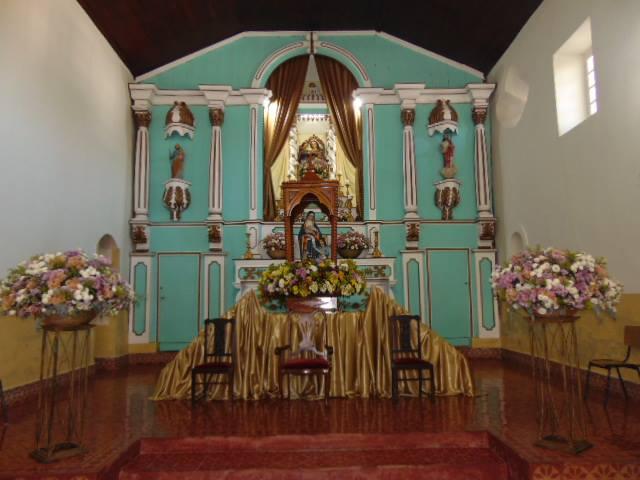 Paróquia Sant'Ana em Santana do Capivari/MG,preparada para festejar sua padroeira maior.