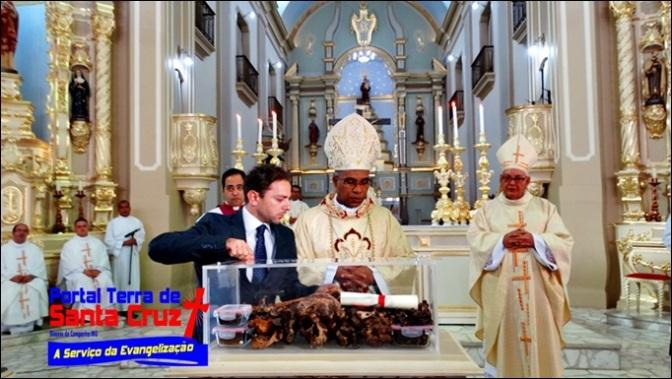 Reconhecimento Canônico dos restos mortais do Servo de Deus Dom Othon Motta e instalação do Tribunal para causa de Beatificação – Catedral da Campanha/MG