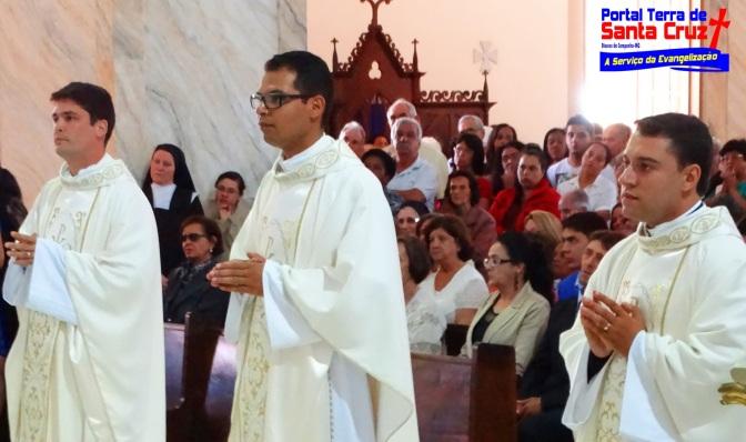 Diocese da Campanha ganha três novos Padres – Ordenação Presbiteral de Jean, Saymont e José Rodrigo