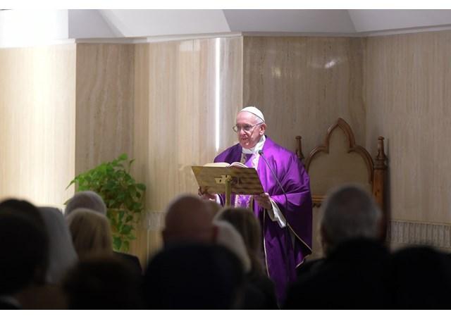 Papa Francisco : Sacerdotes, digam a verdade acolhendo as pessoas