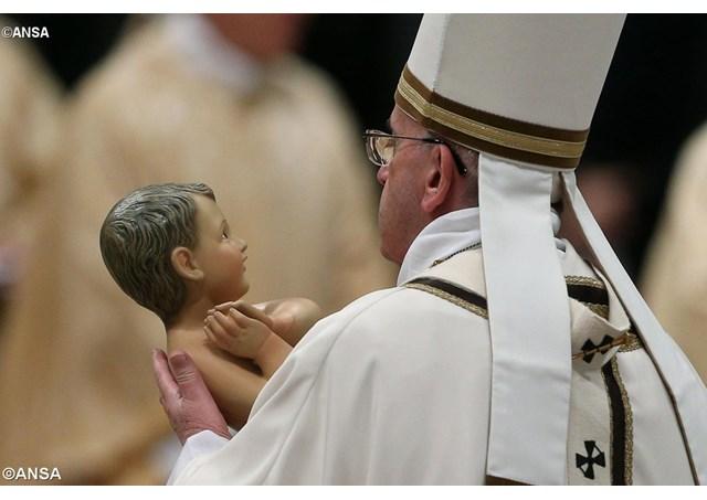 NATAL DO SENHOR: Missa do Galo ao vivo com a Rádio Vaticano – Porque Missa do Galo?