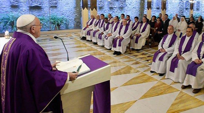 Papa: o clericalismo é um mal que afasta o povo da Igreja
