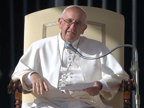 Vaticano: Papa agradece viagem a Fátima
