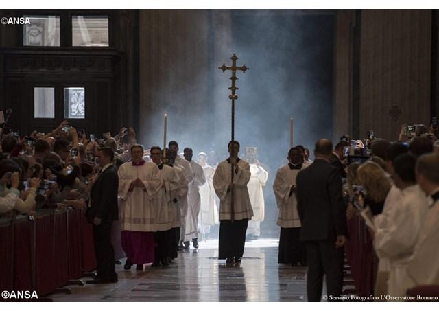 Papa: superar leituras infundadas e superficiais da reforma litúrgica, que é irreversível