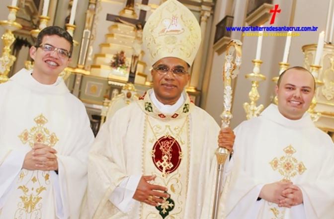 Diocese da Campanha ganha dois novos presbíteros para o serviço de Deus e seu povo – Ordenação de Wendel Rezende e Rafael Soares