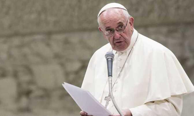 """Papa Francisco: """"até que ponto chega o amor de Deus; até o ponto de se colocar em nosso lugar…"""""""