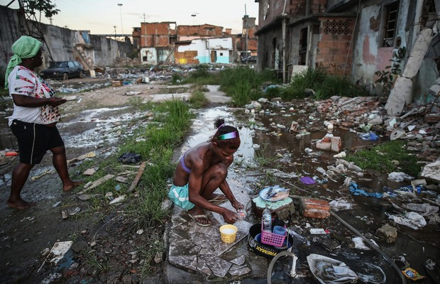 Recessão jogou 5,4 milhões de brasileiros na pobreza extrema, mostra estudo