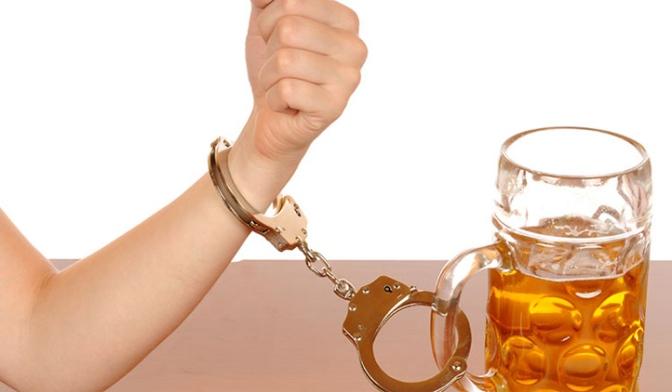 TESTEMUNHO: As consequências dos 20 anos de alcoolismo em minha vida.