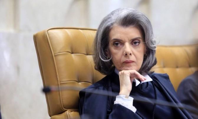 Cármen Lúcia dá 5 dias para governo de Minas explicar atraso