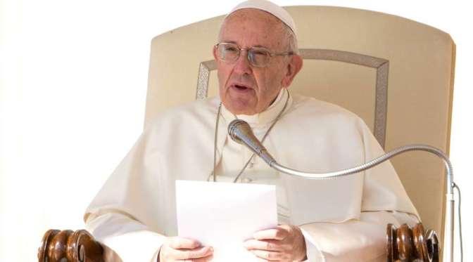 Papa: a importância de ter bons leitores na missa