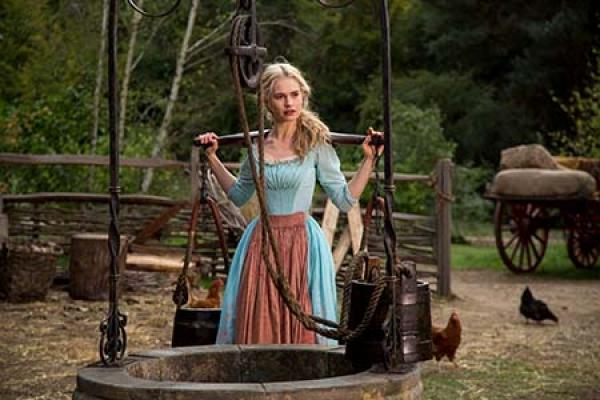 Cinderela X Merida – A força feminina que reside na humildade, não na rebeldia